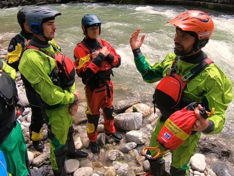 Packraft Wildwasser-Kurs: Ausrüstung