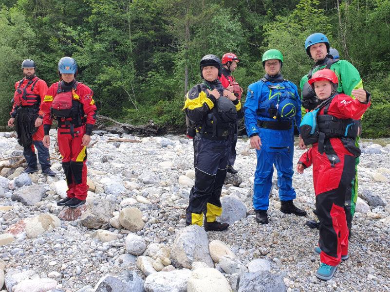 Packraft Wildwasser-Rettungskurs – Kommunikation