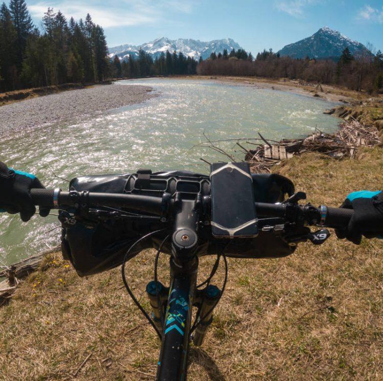 Bikerafting-Tour untere Loisach | Packraft Explorers